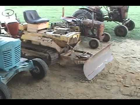 Struck mini dozer crawler · SPEEDEX, MINI DOZER, JOHN.