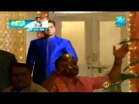 Phir Subah Hogi - Hindi Serial - Zee TV Serial - Apr 27 - Sugni's Dance thumbnail