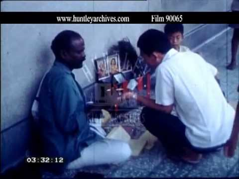 Singapore.  Fortune Tellers in March 1968 - Film 90065