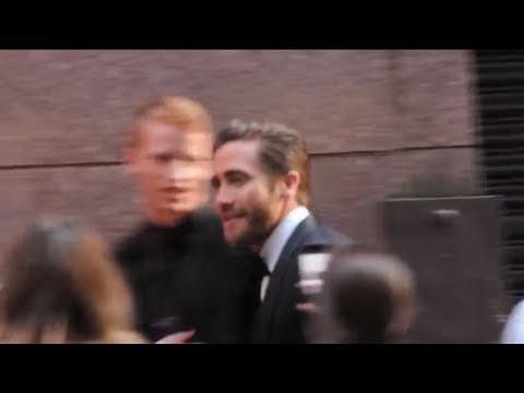 Jake Gyllenhaal meets fans at Tony Awards 2013