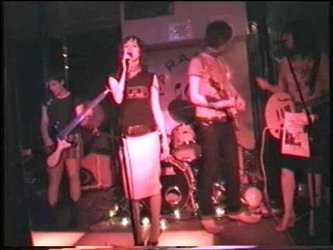 The Long Blondes - Giddy Stratospheres (Live at the Paradise Bar June 2004)