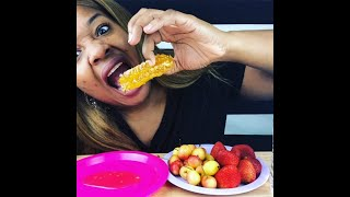 Raw Honeycomb And Fruit Mukbang!! (First Time)