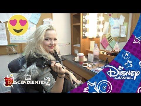 Los Descendientes 2 ? Un día de rodaje con Dove Cameron | Disney Channel Oficial