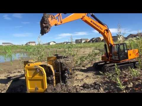 RC ADVENTURES -  Excavator lifts tipped Dump Truck