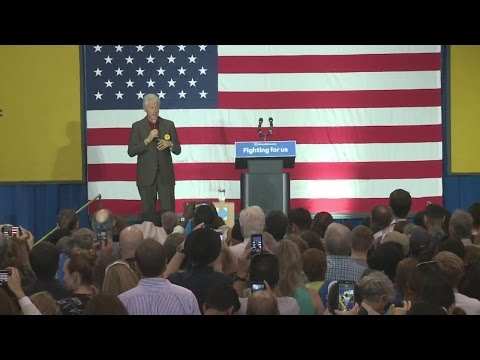 Bill Clinton continues campaign for Hillary Clinton in Albuquerque