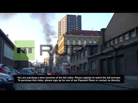 Belgium: Striking dock workers set barricades alight in Antwerp