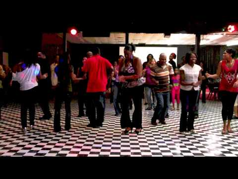 Wobble Wobble Line Dance video
