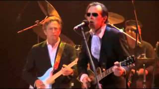 Joe Bonamassa 39 Introducing Eric Clapton 39 To 39 Further On Up The Road 39 From Rah Concert 2009