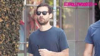 Tobey Maguire Puffs On A Juul Vape During A Coffee Run At Alfred's On Melrose Place 4.4.18