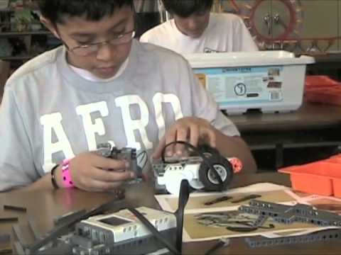 NXT Robotics at Near North Montessori School