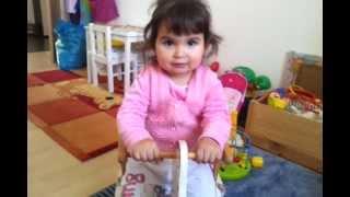 2 jährige Selin singt besser als Justin Bieber!