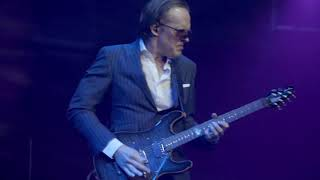 Joe Bonamassa Live Guitar Solo From Mountain Time At The Royal Albert Hall