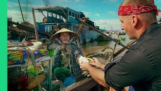 Magical  FLOATING MARKET TOUR in Cai Rang, Vietnam! (Bun Thit Nuong and Water Banh Mi??) Day 4