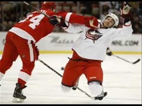 Bob Bissonnette - Chris Chelios