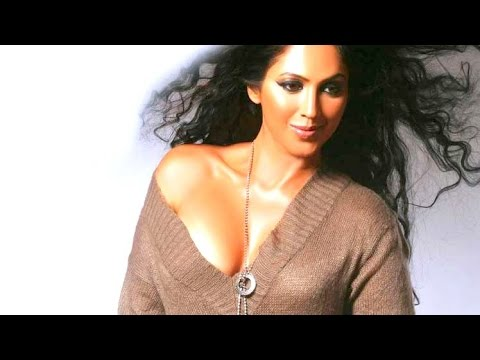 Kalpana Pandit's Exposing Hot Video video