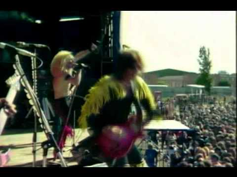 Twisted Sister Shoot 'Em Down (Live 1982) (HQ)