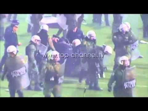 Dhuna e huliganëve grekë - Top Channel Albania - News - Lajme
