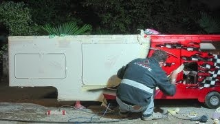 Costruction: Airbrushing on the trailer ......mp4