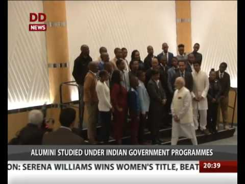 PM Modi interacts with south African Alumni in Durban