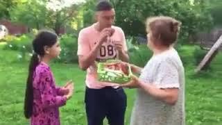 Thủ môn ĐẶNG VĂN LÂM về NGA thăm mẹ sau trận chung kết AFF cúp 2018