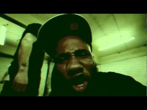 Footsie VS Darq E Freaker - B.O.G (Bag of Grease) OFFICIAL VIDEO