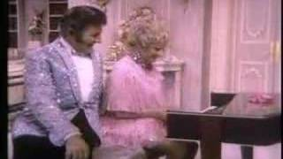 Phyllis Diller - Tightwad Airlines