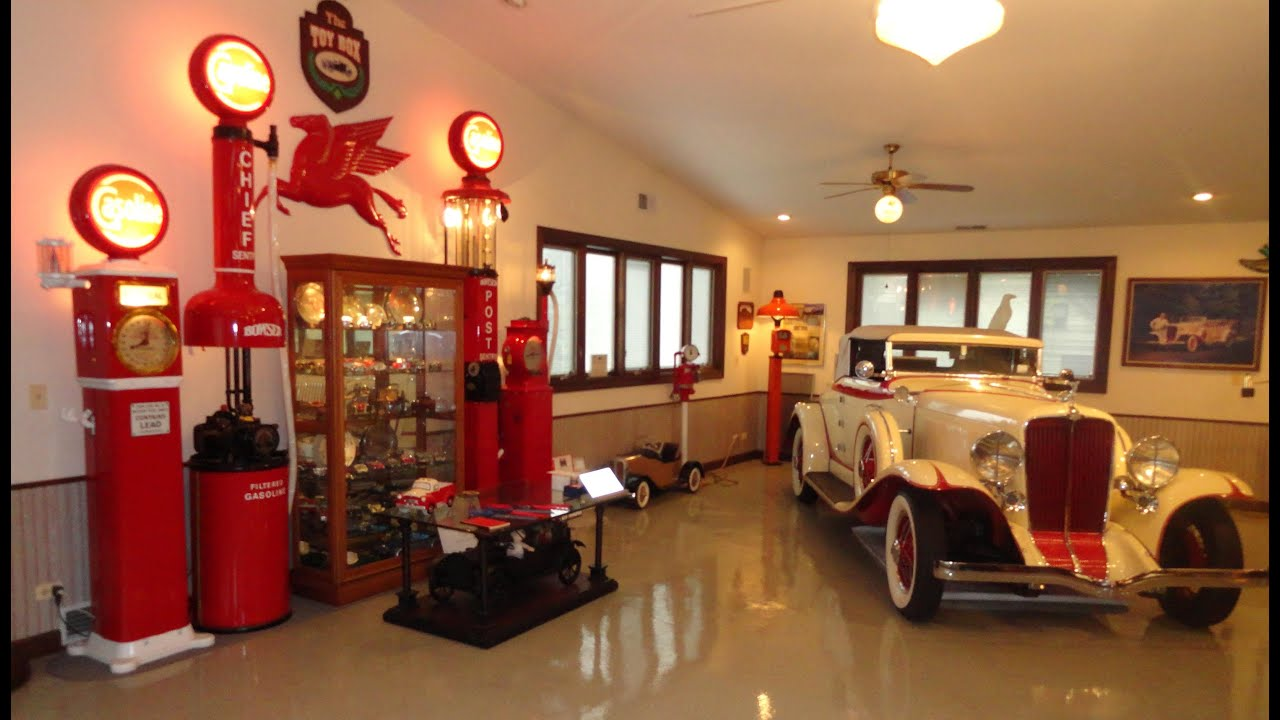 Find A Gas Station >> An Opportunity to View a Collection of Antique Old Vintage ...