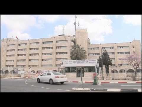 Senators call on Obama to push for peace talks on Israel visit