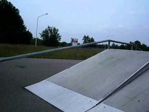 BS boardslide on funbox rail!