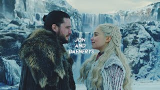 Jon & Daenerys - Yellow Lights [8x01]