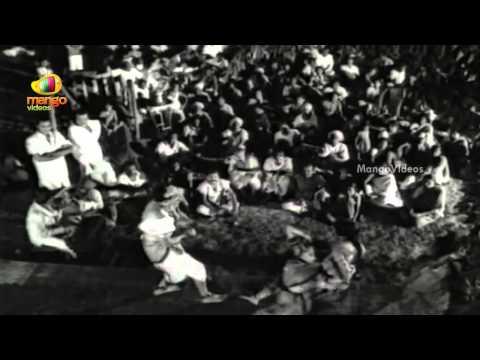Superstar Krishna's Sakshi Full Movie - Part 4 - Vijaya Nirmala, Bapu video
