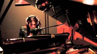 Watch Beth Hart The Ugliest House On The Block video