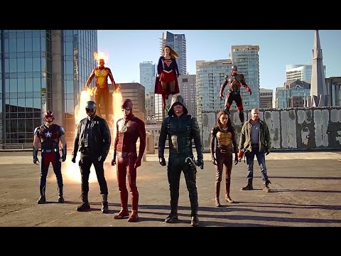 "Supergirl/The Flash/Arrow/Legends of Tomorrow ""Invasion!"" Crossover Recap thumbnail"