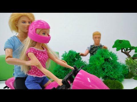 #Мультик Барби учится водить МОТОЦИКЛ 🚴#Кен РЕВНУЕТ 💔 #Барби игры в видео для девочек