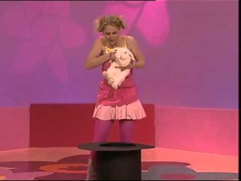 Hi 5 Charli Robinson >> Hi-5 Charli Rabbit - YouTube