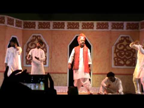 Mazi Maina Gavavar Rahili- Lavani  by Pradeep Kurhade and Team...