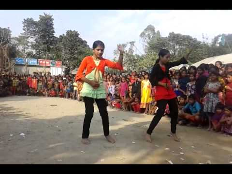 TWO DHAKA GIRLS DANCE IN VILLAGE, HOT DANCE,XX VIDEO