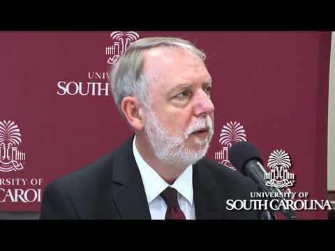 Moore School economists: economy improving, but fragile in 2012