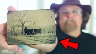 Auf einem 2 Dollar Foto entdeckte er ein Detail, nun ist er Millionär!