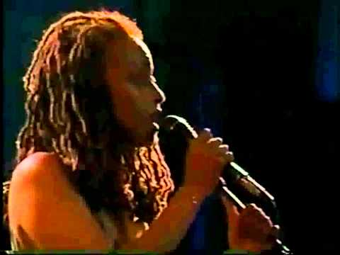 Cassandra Wilson - Harvest Moon.mp4