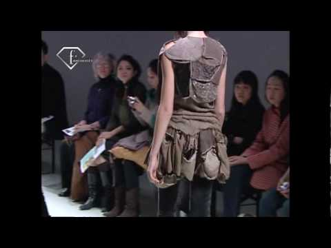 fashiontv | FTV.com - MOON YOUNG HEE PARIS PAP FALL WINTER 2008 2009