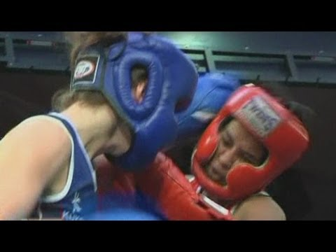 Hedge Fund Fight Nite: Hong Kong's Bankers And Financiers Take To The Boxing Ring video