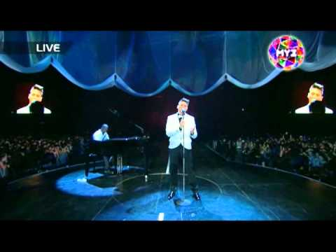 Сергей Лазарев - Lost without your love (Live @ MUZ-TV Awards 2011)