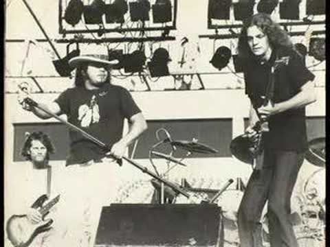 Simple Man - Lynyrd Skynyrd video