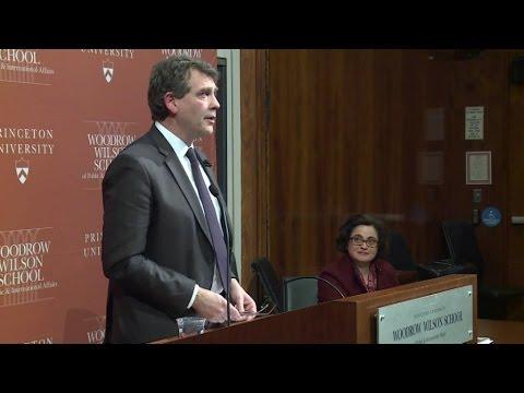 La conférence d'Arnaud Montebourg à l'université de Princeton
