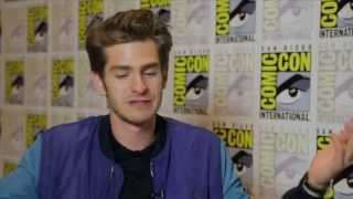 The Amazing Spider Man 2 star Andrew Garfield talks about being starstruck with Jamie Foxx