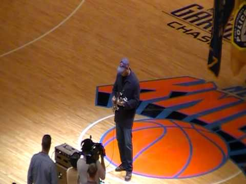 Bernie Williams playing the national anthem
