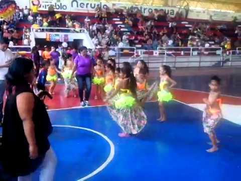 Estudiantes del colegio América del Caribe disfrutaron de una jornada folclórico y deportiva