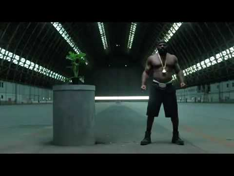 Kimbo Slice vs Caterpillar - Very Funny 2009 Commercial