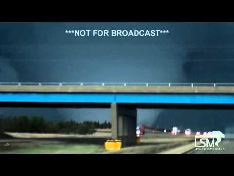 4-9-15 INCREDIBLE Rochelle, Illinois Tornado